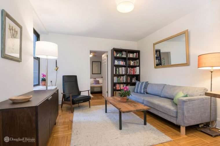 Lovely 1 Bedroom Apartment In Brooklyn Heights Selling For 559 000 Brooklyn Buzz